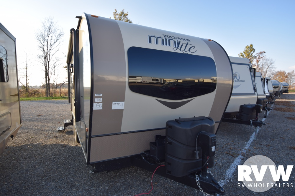 Click here to see the New 2018 Rockwood Mini Lite 2109S Travel Trailer by Forest River at RVWholesalers.com