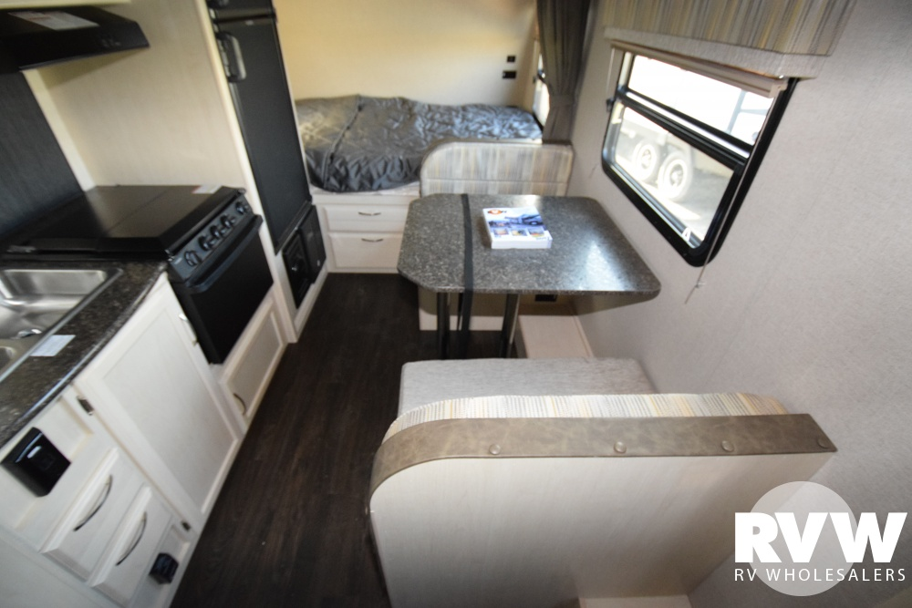 Click here to see the New 2018 Micro Minnie 1706FB Travel Trailer by Winnebago at RVWholesalers.com