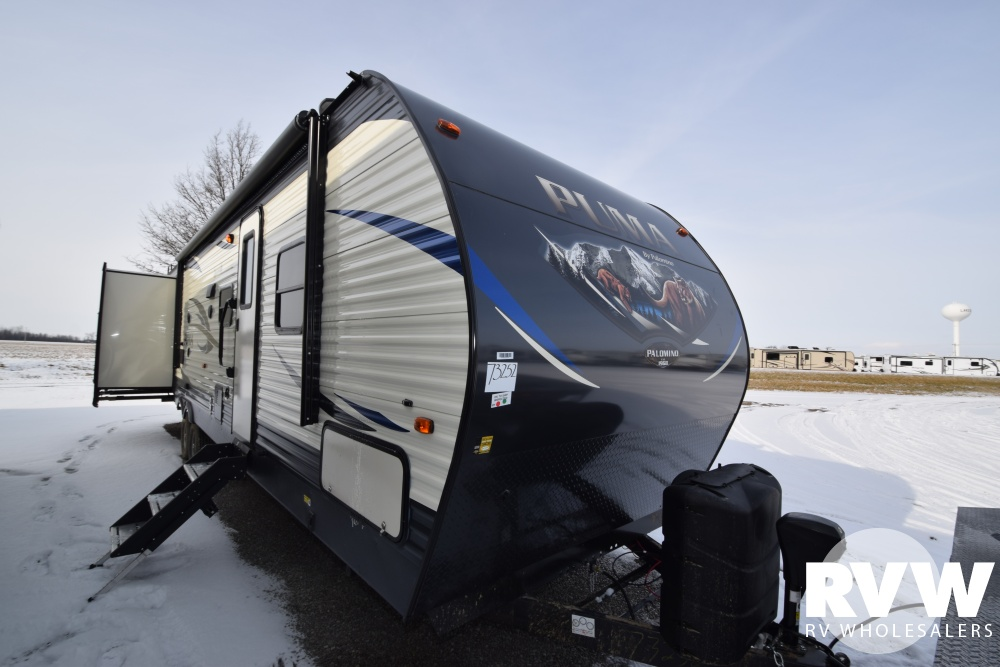 Click here to see the New 2018 Puma 31DBTS Travel Trailer by Palomino at RVNation.us
