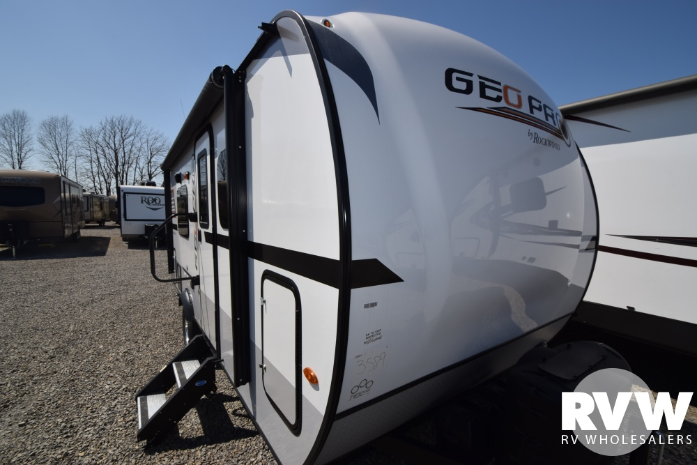 Click here to see the New 2018 Rockwood Geo Pro G19FD Travel Trailer by Forest River at RVNation.us