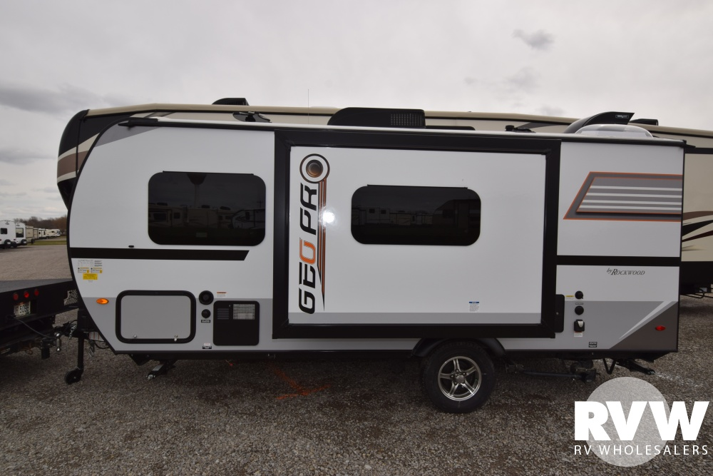 Click here to see the New 2018 Rockwood Geo Pro G19FBS Travel Trailer by Forest River at RVWholesalers.com