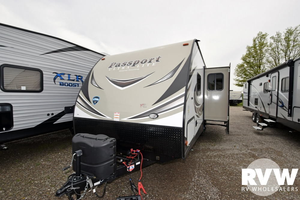 Click here to see the New 2018 Passport GT 2400BH Travel Trailer by Keystone RV at RVWholesalers.com