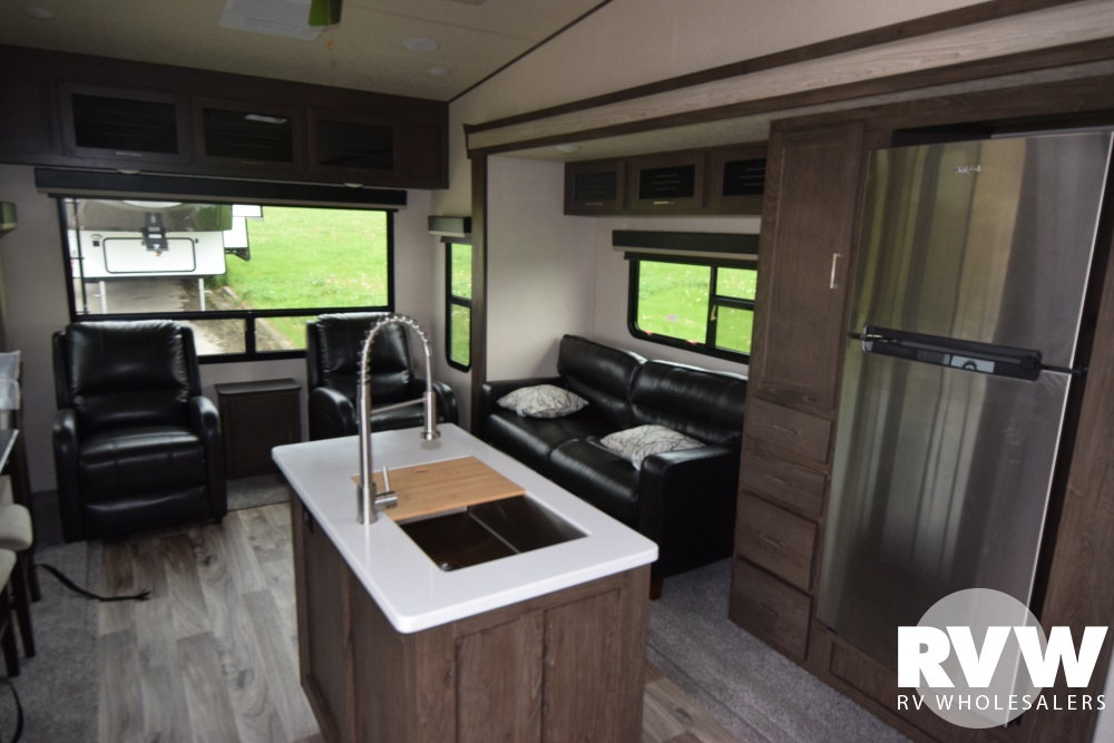 Click here to see the New 2018 Heritage Glen LTZ 286RL Fifth Wheel by Forest River at RVWholesalers.com