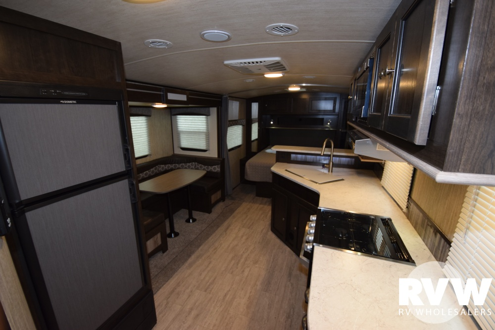 Click here to see the New 2018 Shadow Cruiser 225RBS Travel Trailer by Cruiser RV at RVNation.us