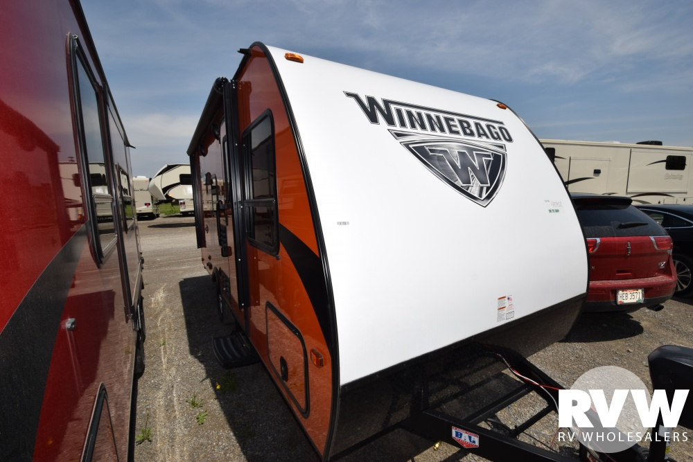 Click here to see the New 2018 Winnebago Micro Minnie 1700BH Travel Trailer by Winnebago at RVWholesalers.com