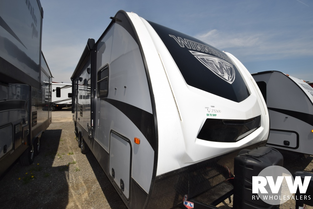 Click here to see the New 2018 Winnebago Minnie Plus 26RBSS Travel Trailer by Winnebago at RVWholesalers.com