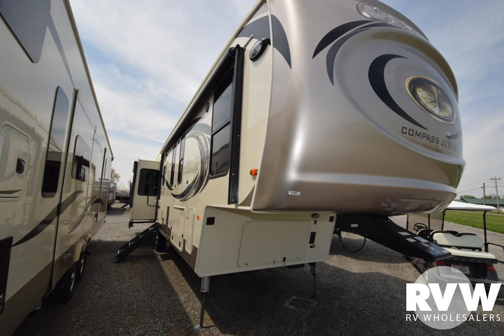 Click here to see the New 2018 Columbus Compass Series 378MBC Fifth Wheel by Palomino at RVWholesalers.com