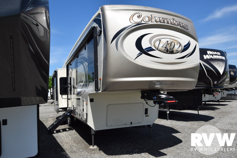 Click here to see the New 2018 Columbus 366RL Fifth Wheel by Palomino at RVWholesalers.com