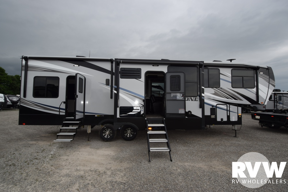 Click here to see the New 2019 Cyclone 3600 Toy Hauler Fifth Wheel by Heartland RV at RVWholesalers.com