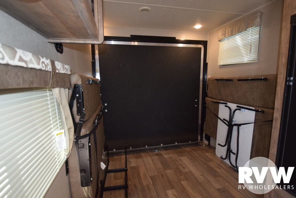 Click here to see the New 2018 Puma XLE 23SBC Toy Hauler Travel Trailer by Palomino at RVWholesalers.com