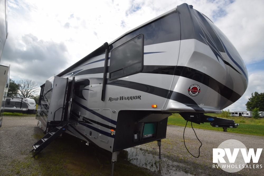 Click here to see the New 2019 Road Warrior 413 Toy Hauler Fifth Wheel by Heartland at RVWholesalers.com