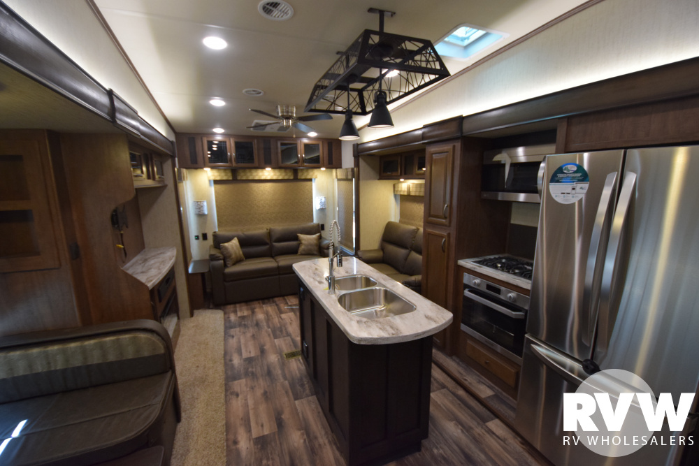 Click here to see the New 2019 Sandpiper 372LOK Fifth Wheel by Forest River at RVWholesalers.com