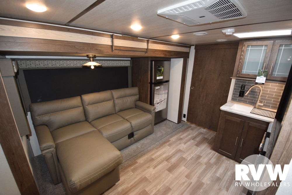 Click here to see the New 2020 Heritage Glen Hyper-Lyte 22RB Travel Trailer by Forest River at RVWholesalers.com