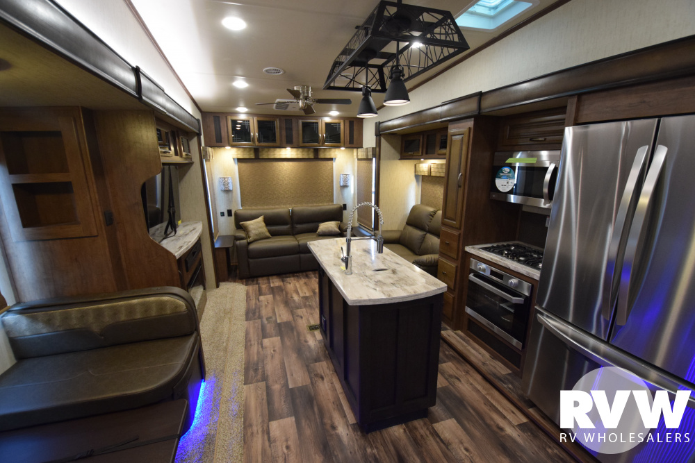 Click here to see the New 2020 Sandpiper 372LOK Fifth Wheel by Forest River at RVWholesalers.com