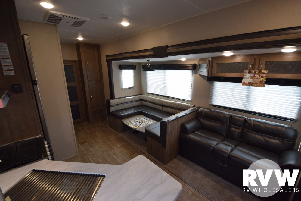 Click here to see the New 2020 Puma 351THSS Toy Hauler Fifth Wheel by Palomino at RVWholesalers.com