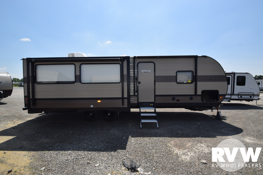 Click here to see the New 2020 Wildwood 27RE Travel Trailer by Forest River at RVNation.us