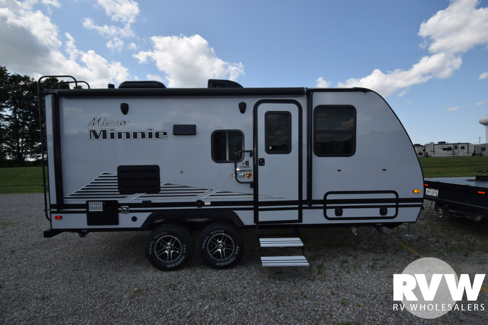 Click here to see the New 2020 Winnebago Micro Minnie 2106DS Travel Trailer by Winnebago at RVWholesalers.com
