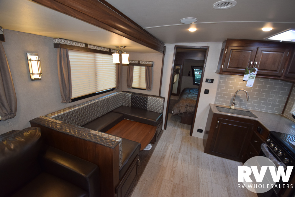 Click here to see the New 2020 Solaire Ultra Lite 268BHSK Travel Trailer by Palomino at RVWholesalers.com