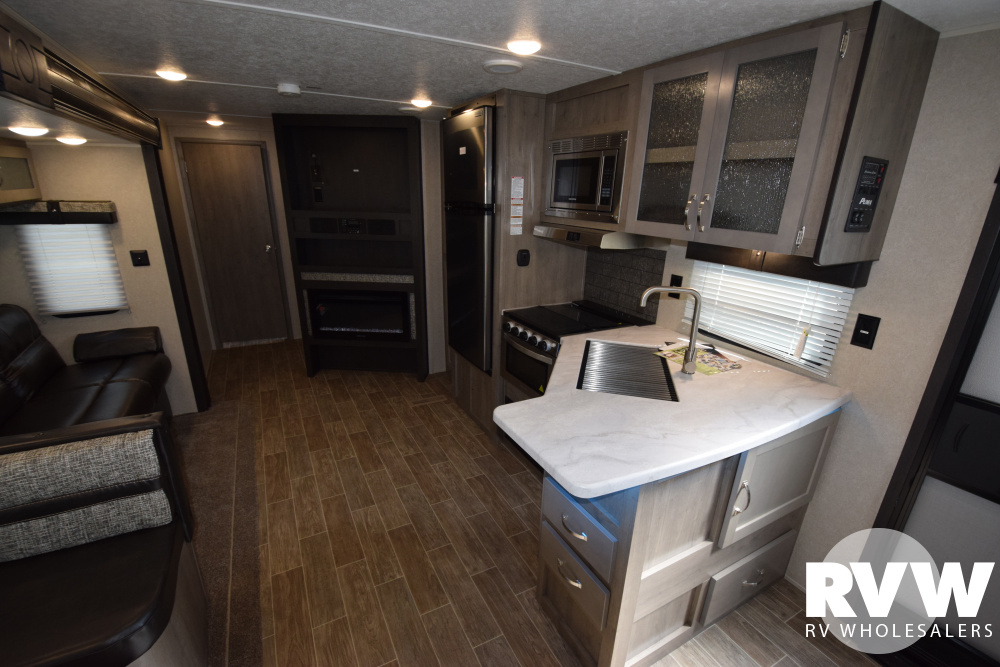 Click here to see the New 2020 Puma 27RLSS Travel Trailer by Palomino at RVWholesalers.com
