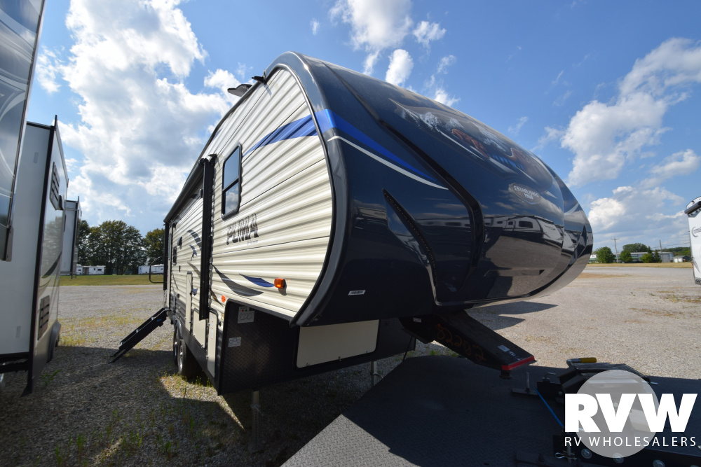 Click here to see the New 2020 Puma 253FBS Fifth Wheel by Palomino at RVWholesalers.com