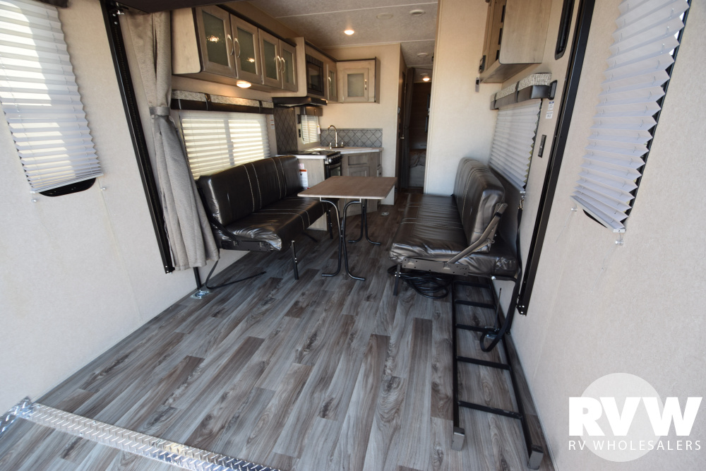 Click here to see the New 2020 Puma XLE 25TFC Toy Hauler Travel Trailer by Palomino at RVWholesalers.com