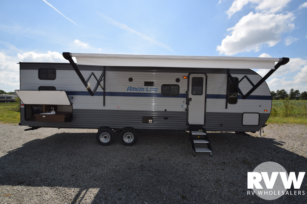 Click here to see the New 2020 Ameri-lite Ultra Lite 274QB Travel Trailer by Gulf Stream at RVNation.us