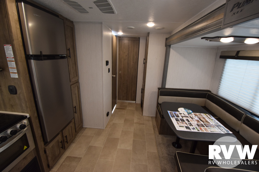 Click here to see the New 2020 Puma XLE 31BHSC Travel Trailer by Palomino at RVWholesalers.com