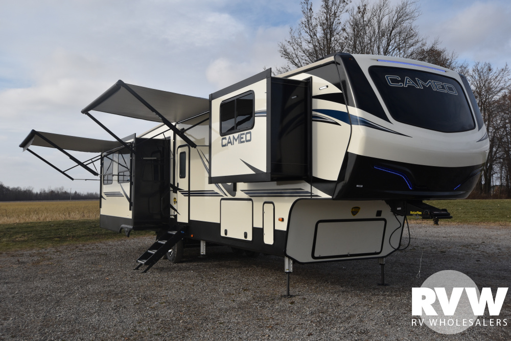 Click here to see the New 2020 Cameo 3701RL Fifth Wheel by Crossroads at RVWholesalers.com