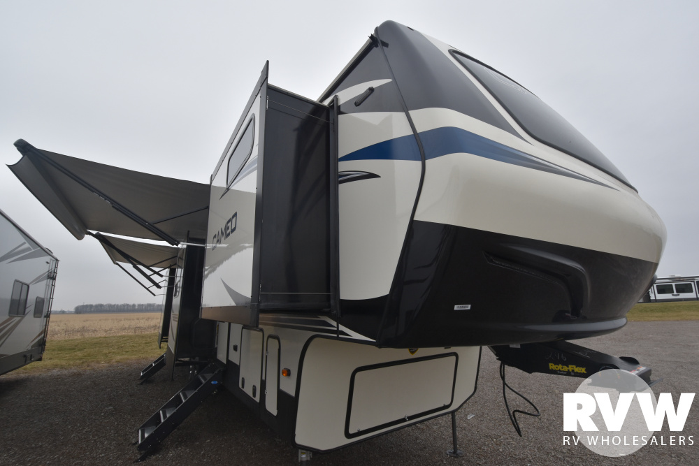 Click here to see the New 2020 Cameo 4021FK Fifth Wheel by Crossroads at RVWholesalers.com