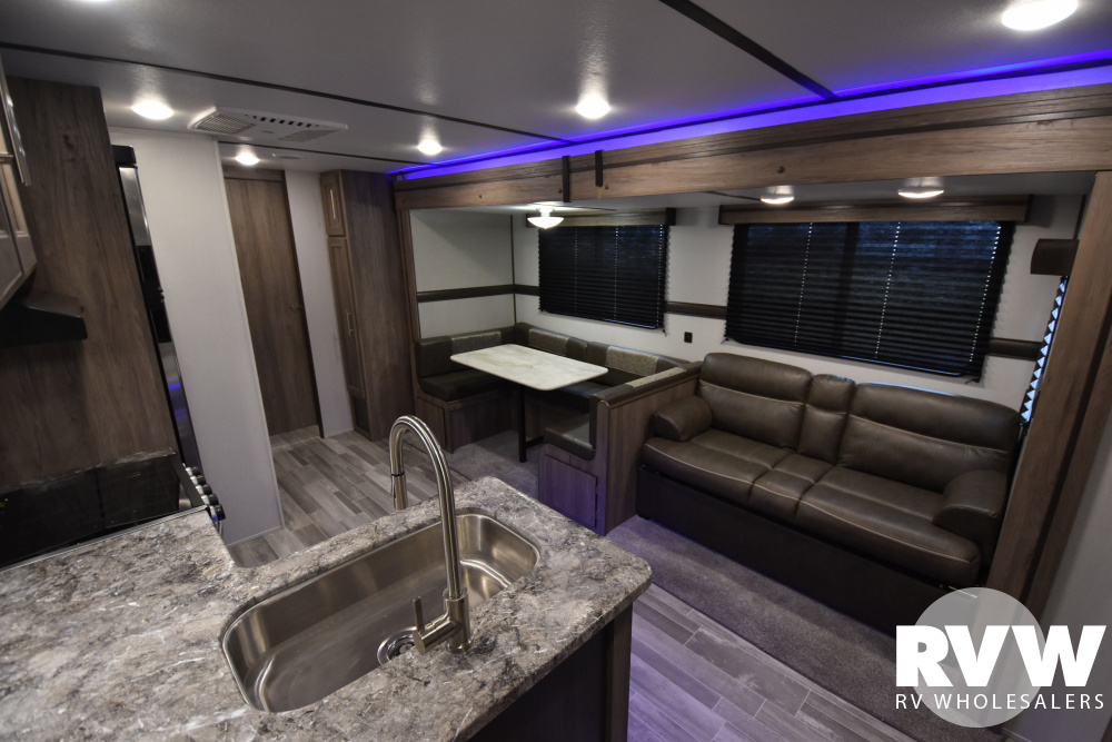 Click here to see the New 2020 Zinger 328SB Travel Trailer by Crossroads at RVWholesalers.com