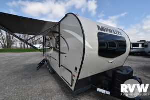 2021 Forest River Rockwood Mini Lite 2109S Travel Trailer: image 1