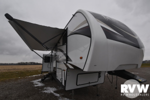 2020 Forest River Wildcat 384MB Fifth Wheel: image 1