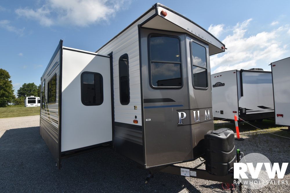 Click here to see the New 2021 Puma Park 37PFL Park Trailer by Palomino at RVWholesalers.com
