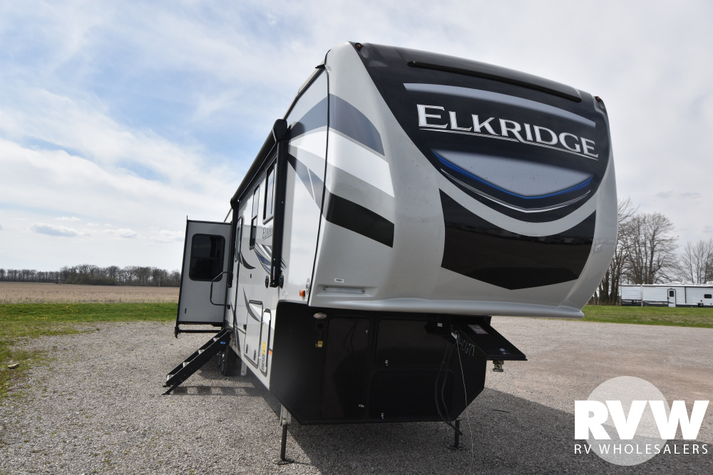 Click here to see the New 2021 Elkridge 37BAR Fifth Wheel by Heartland at RVWholesalers.com