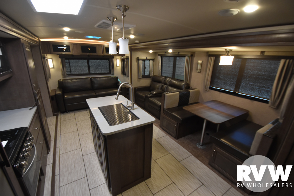 Click here to see the New 2020 Solaire Ultra Lite 316RLTS Travel Trailer by Palomino at RVWholesalers.com