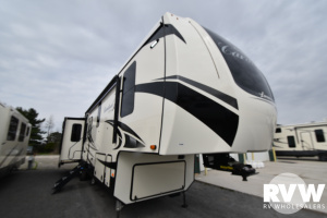 2021 Forest River Cardinal Luxury 345RLX Fifth Wheel: image 1