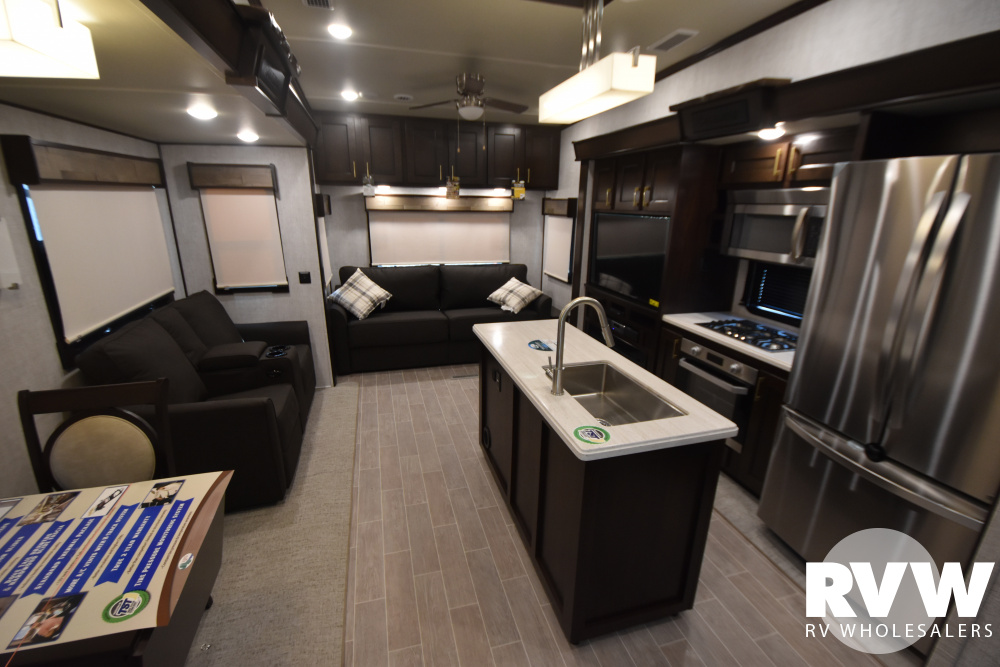 Click here to see the New 2021 Columbus 382FB Fifth Wheel by Palomino at RVWholesalers.com
