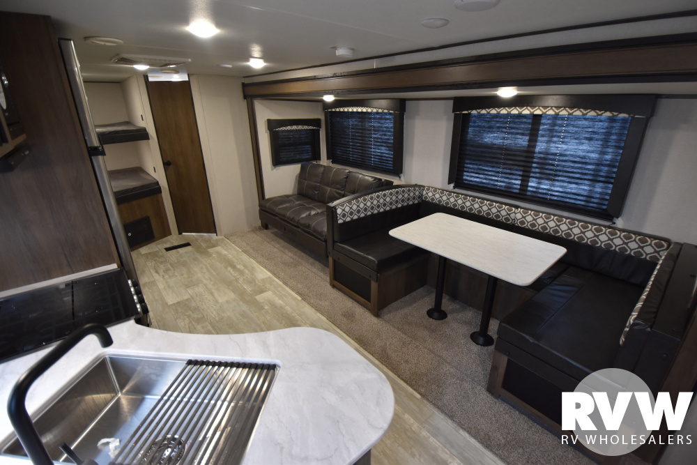 Click here to see the New 2021 Avenger 27DBS Travel Trailer by Prime Time RV at RVWholesalers.com