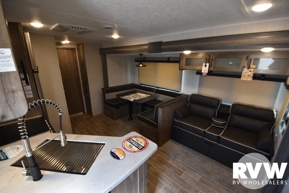 Click here to see the New 2021 Puma 32BHDB Travel Trailer by Palomino at RVWholesalers.com