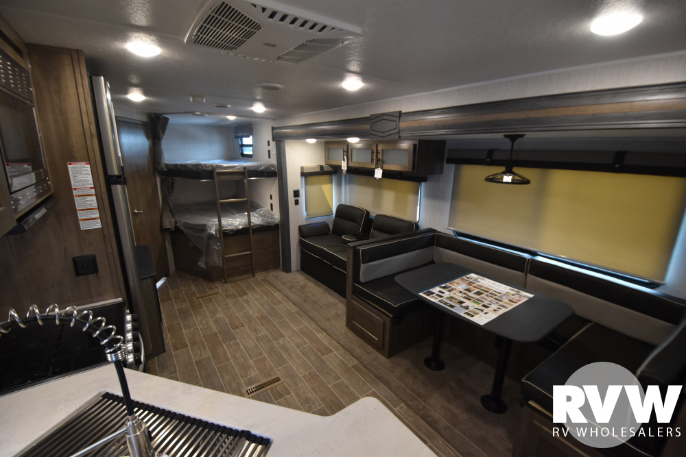 Click here to see the New 2021 Puma 28DBFQ Travel Trailer by Palomino at RVWholesalers.com