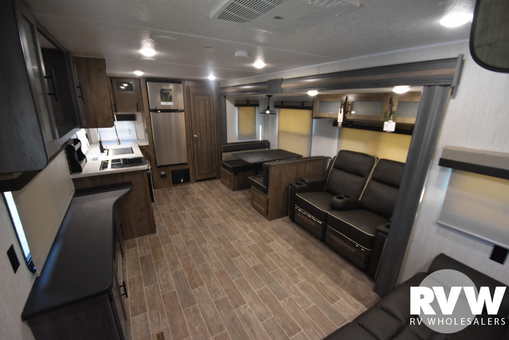 Click here to see the New 2021 Puma 28RKQS Travel Trailer by Palomino at RVWholesalers.com