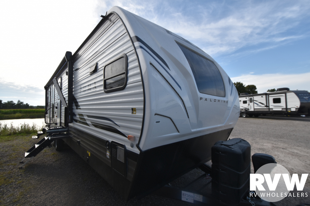 Click here to see the New 2021 Puma 31FKRK Travel Trailer by Palomino at RVWholesalers.com