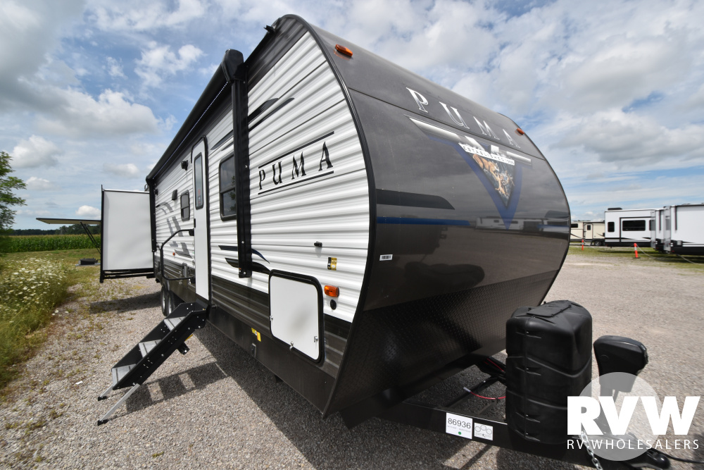 Click here to see the New 2021 Puma 31DBTS Travel Trailer by Palomino at RVWholesalers.com