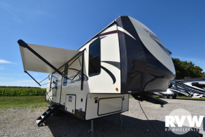 2021 Forest River Heritage Glen 295BH Fifth Wheel: image 1