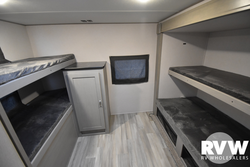 Click here to see the New 2021 Tracer 31BHD-1 Travel Trailer by Prime Time at RVWholesalers.com