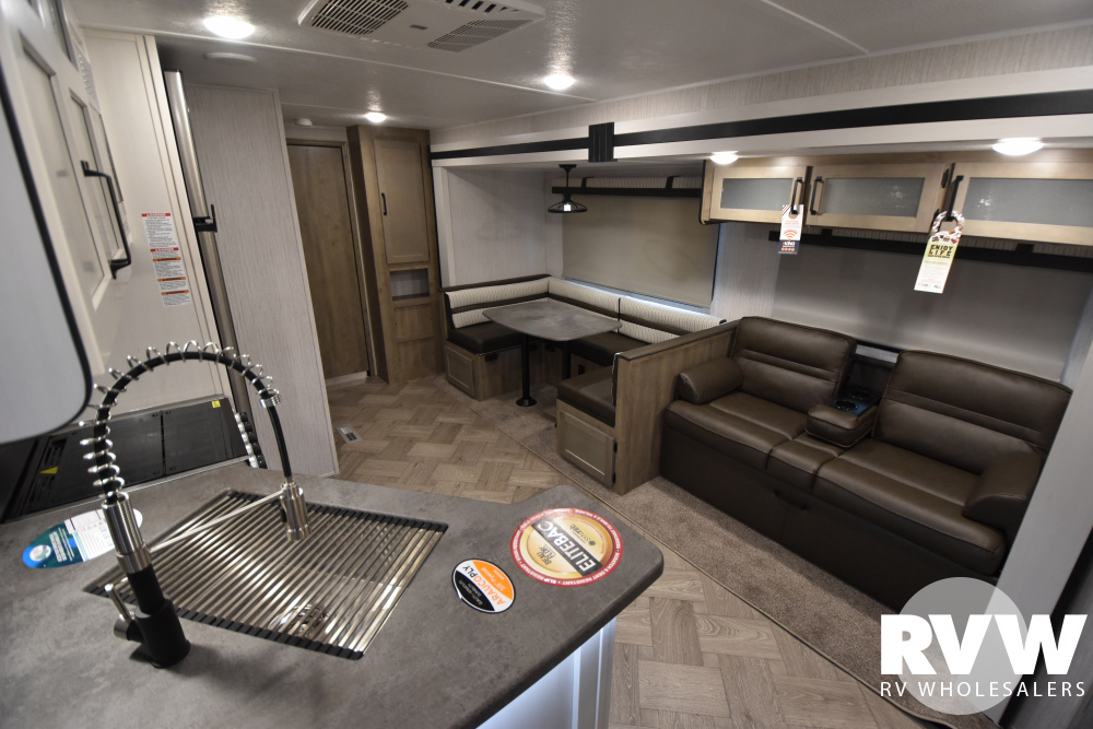 Click here to see the New 2021 Puma 32RBFQ Travel Trailer by Palomino at RVWholesalers.com