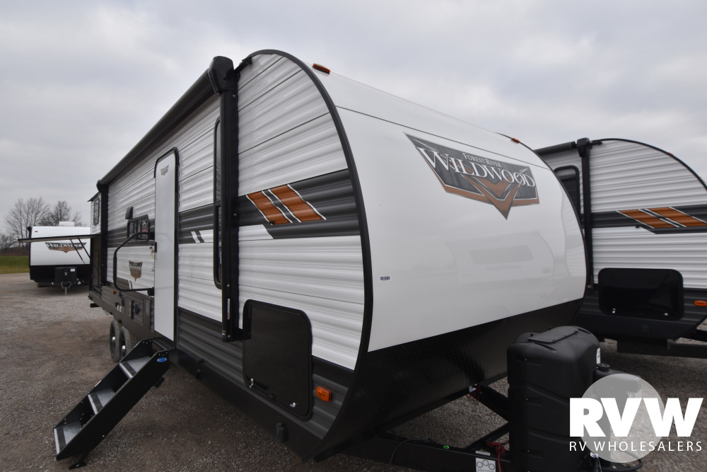 Click here to see the New 2021 Wildwood 30KQBSS Travel Trailer by Forest River at RVWholesalers.com