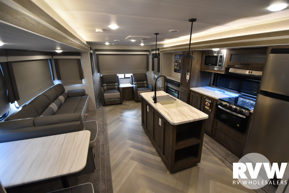 Click here to see the New 2021 Wildwood 32RET Travel Trailer by Forest River at RVWholesalers.com