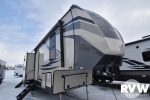 2022 Forest River Sandpiper 3440BH Fifth Wheel: image 1