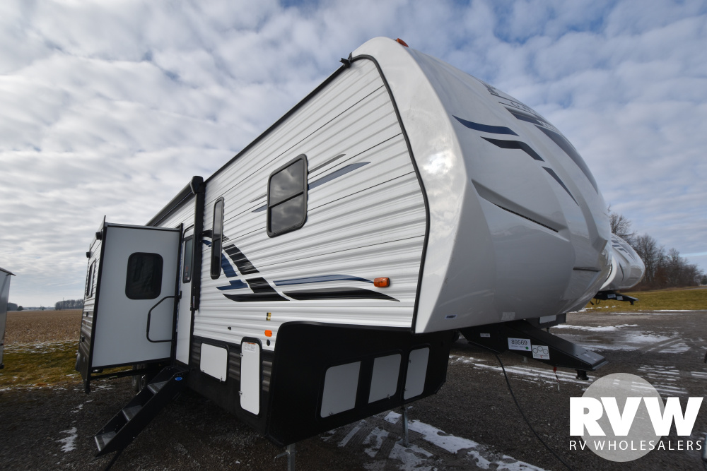 Click here to see the New 2021 Puma 383DSS Toy Hauler Fifth Wheel by Palomino at RVWholesalers.com